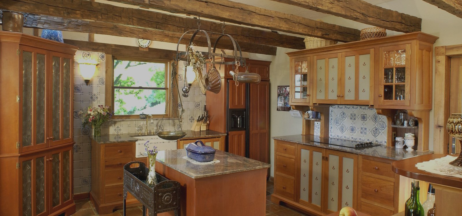 concealed ovens in kitchen to save space