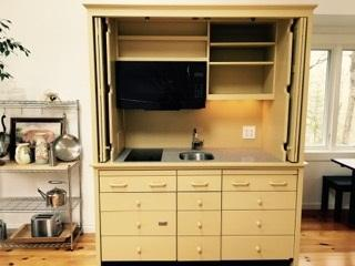 Bon AWESOME LIMITED EDITION ARMOIRE MINI KITCHEN! Exterior_0. Open_top_only
